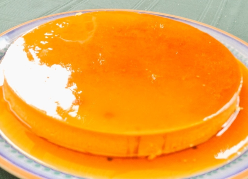 Golden coconut flan