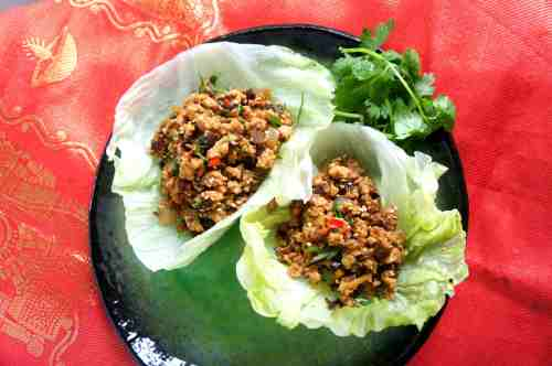 Chicken san choy bao with Chinese mushroom, bamboo and wood ear