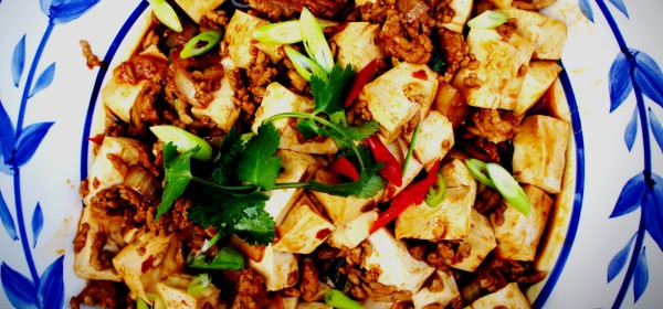 Sichuan mapo tofu with pork - stir fry tofu with pork and chili bean paste