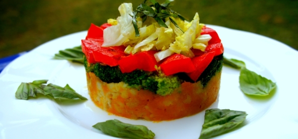 Rice and pumpkin cake with broccoli, roasted capsicum and basil (low FODMAP, gluten free, vegan)