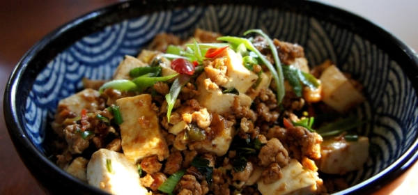Mapo tofu (麻婆豆腐), and my father's story of two spoonful of oil