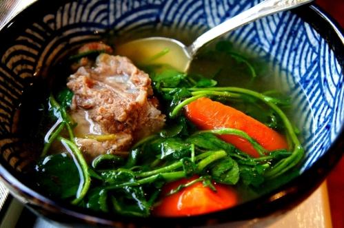Traditional Chinese watercress and bone broth 西洋菜汤 (FODMAP friendly, gluten free)