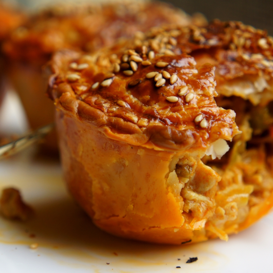 Malaysian chicken curry and leek pie