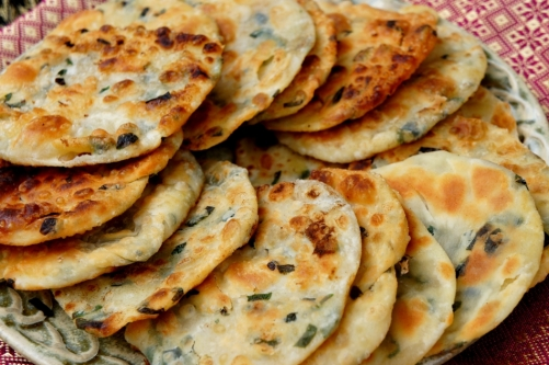 Flaky shallot pancake (蔥油餅)