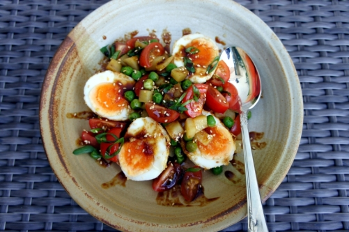 Sambal eggs with vegetables, drizzled with a tangy son-in-law sauce