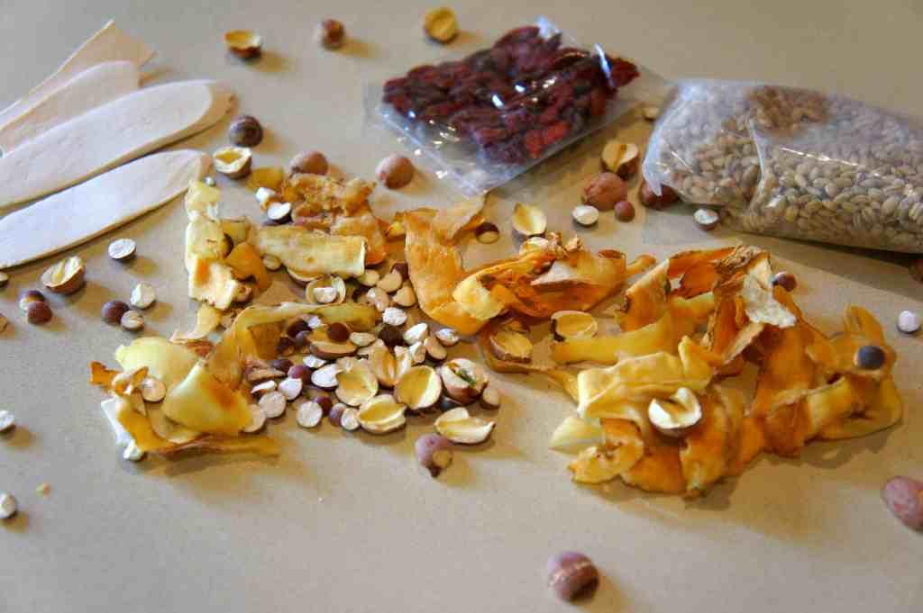 QinBuLiang soup base - pearl barley (YiMi 薏米), lotus seeds (LianZi 蓮子), goji berries (GouQi 枸杞), fox nuts (Qianshi 芡實 ), Chinese yam (HuaiSan 淮山) and Solomon's seal rhizome (YuZu 玉竹)