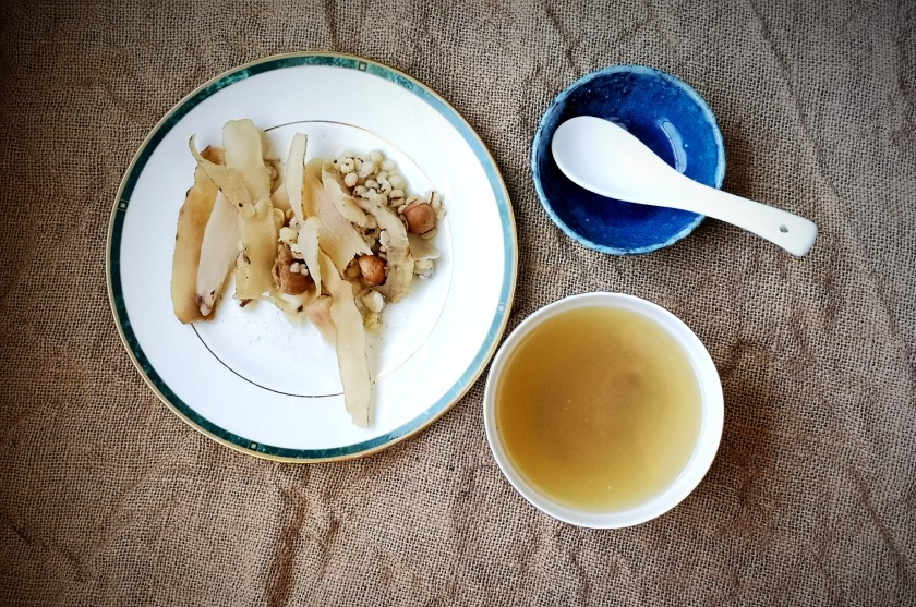 Chinese herbal soup for balanced energy - 'qin bu liang' means cleansing, nourishing and cooling.