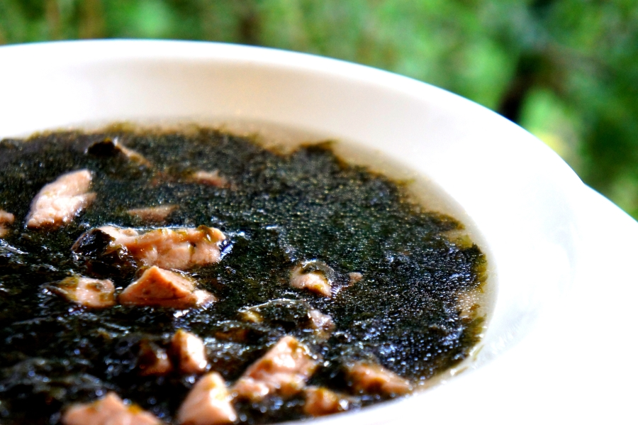 Chicken & seaweed soup (low FODMAP, gluten free)