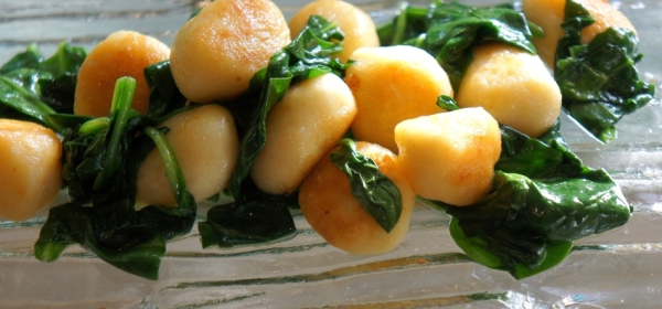 Gnocchi with baby spinach (low FODMAP, gluten free)