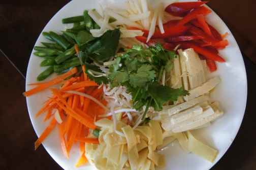 Tofu rice paper roll ingredients