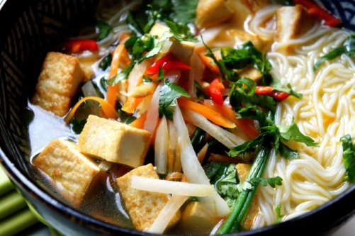 Tofu and noodle soup (low FODMAP, gluten free, vegan)