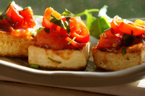 Pan fried tofu with chili and tomato salsa (low FODMAP, vegan, gluten free)