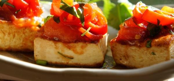 Pan fried tofu with chili and tomato salsa (low FODMAP, vegan, gluten free)