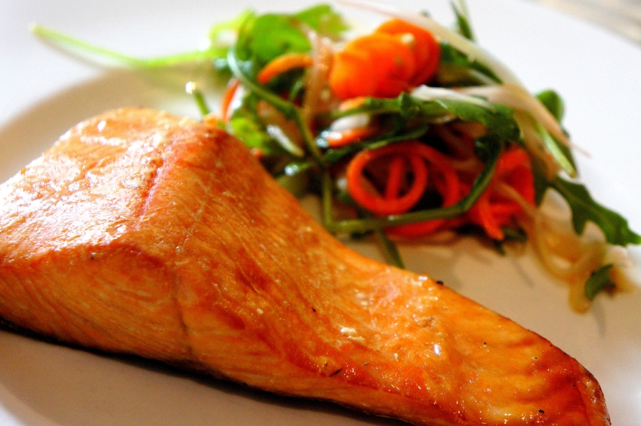 Simple home smoked salmon (FODMAP friendly, gluten free)