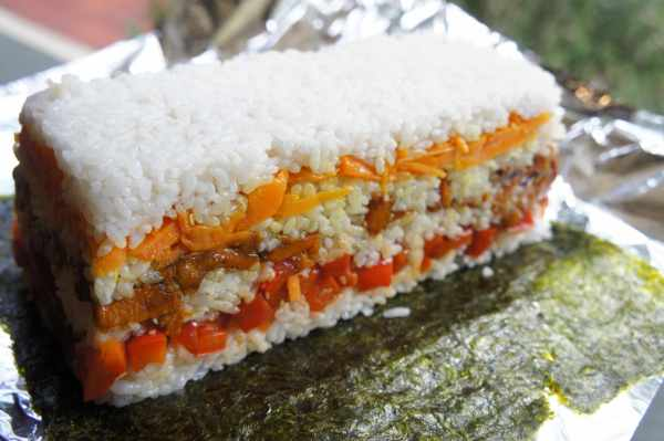 Sushi terrine with vegetables - wrapping with nori sheet