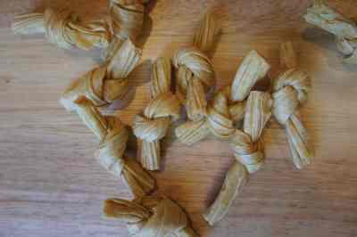 Tofu knots / bean curd knots