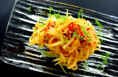 Hairy gourd 'liangban' salad with XO sauce  节瓜凉拌
