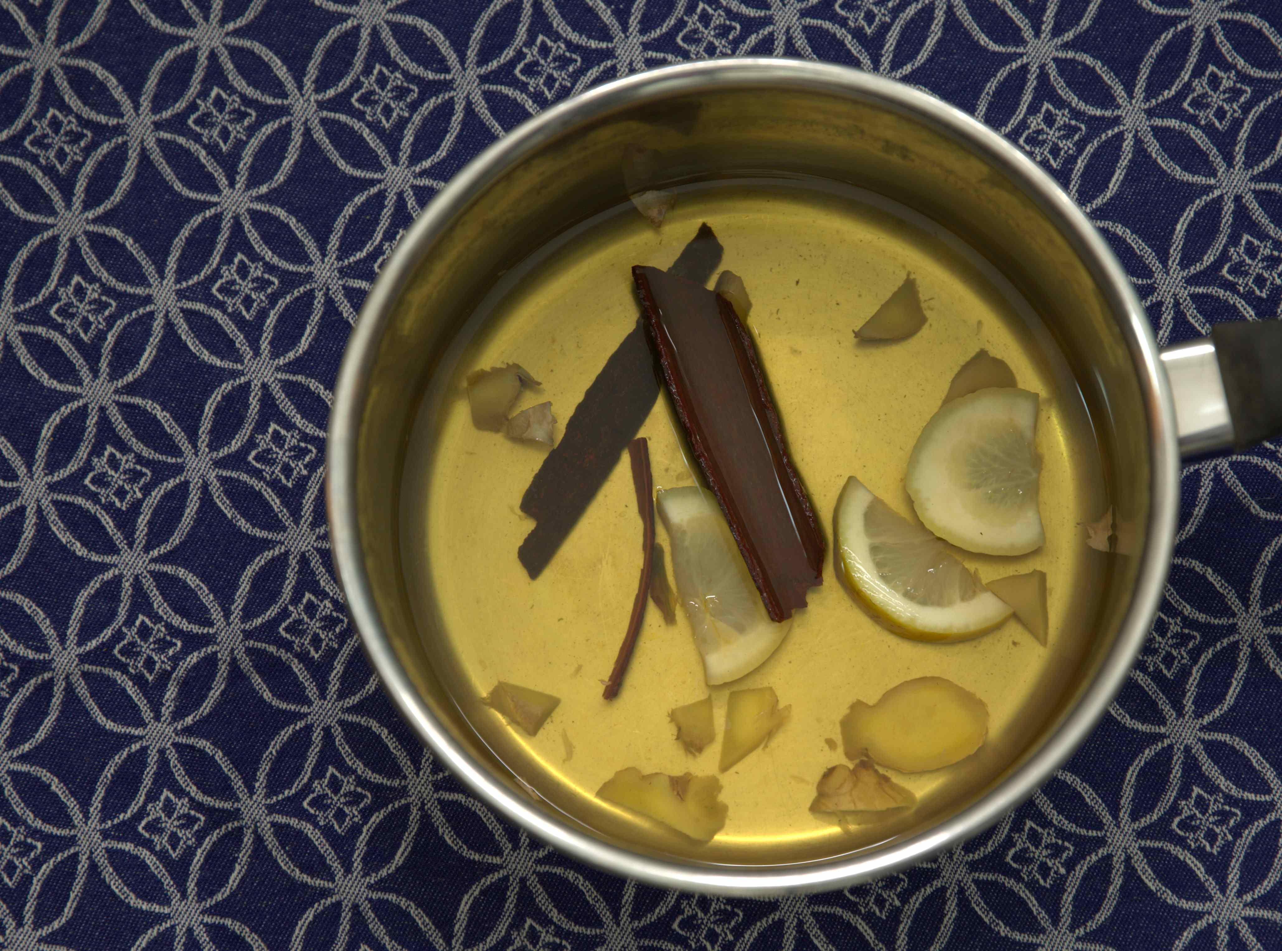 Infusing: cinnamon, ginger, lemon tea