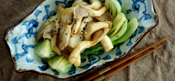 Saute oyster mushrooms with bok choy (low FODMAP, Vegan)