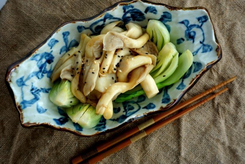 Saute oyster mushrooms with bok choy (low FODMAP, Vegan)