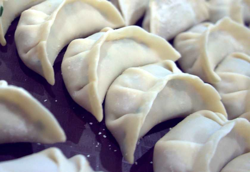 How to make dumplings (potsticker, gyoza)