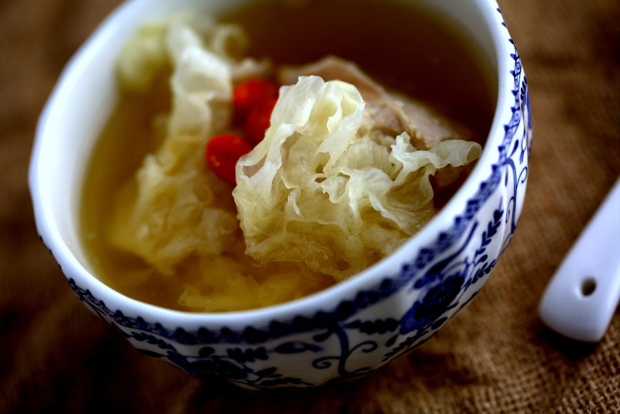 Snow fungus, goji berry and chicken soup