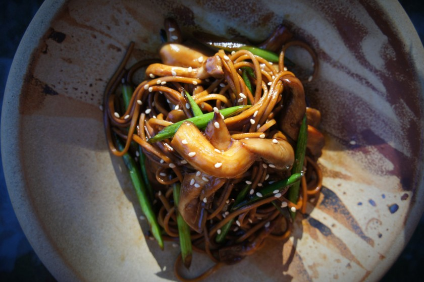 Soba noodles with pearl mushrooms