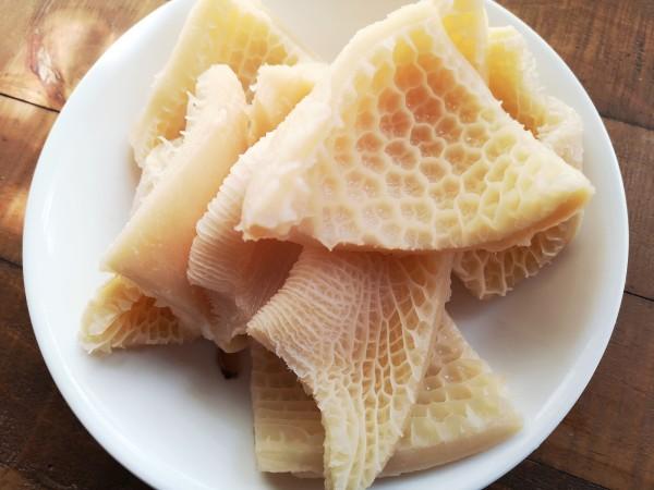 Honeycomb beef tripe